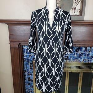 Banana Republic Black White V-neck Dress